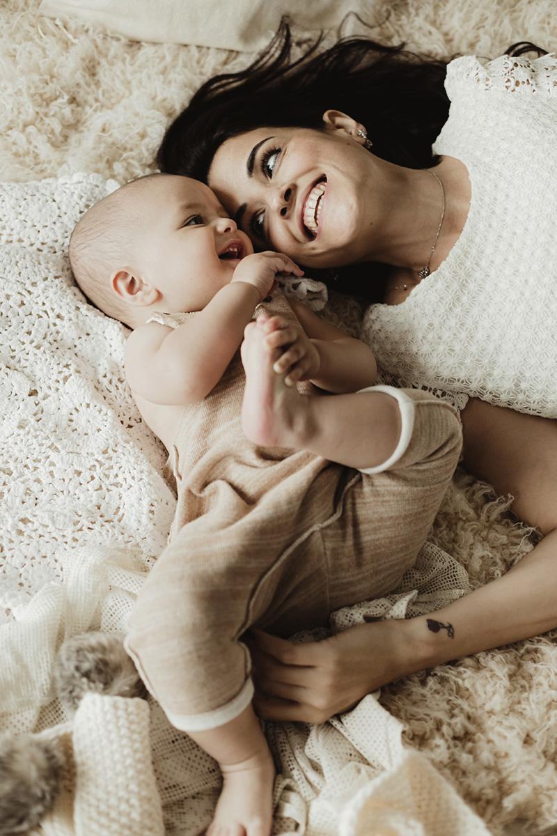 anne-ve-1-yas-bebek